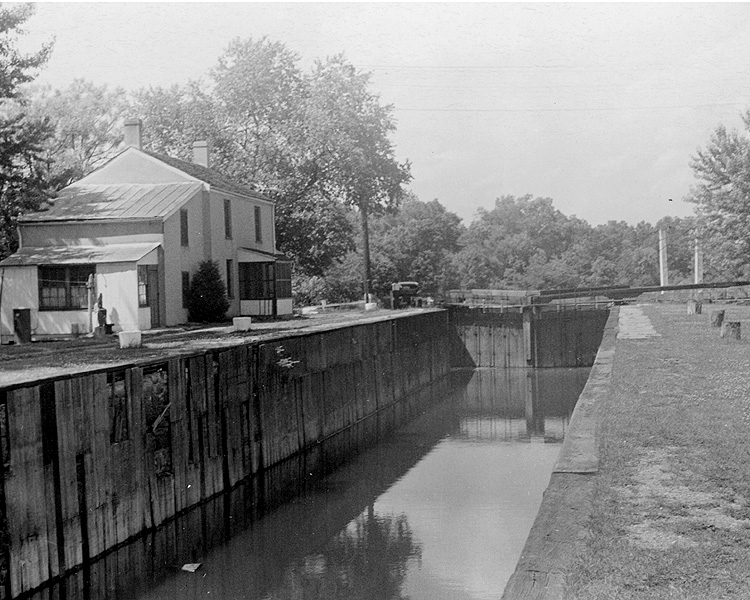 DRCanal's Lock 8/Kingston; June 12, 1938 Before Rehabilation to Water Supply